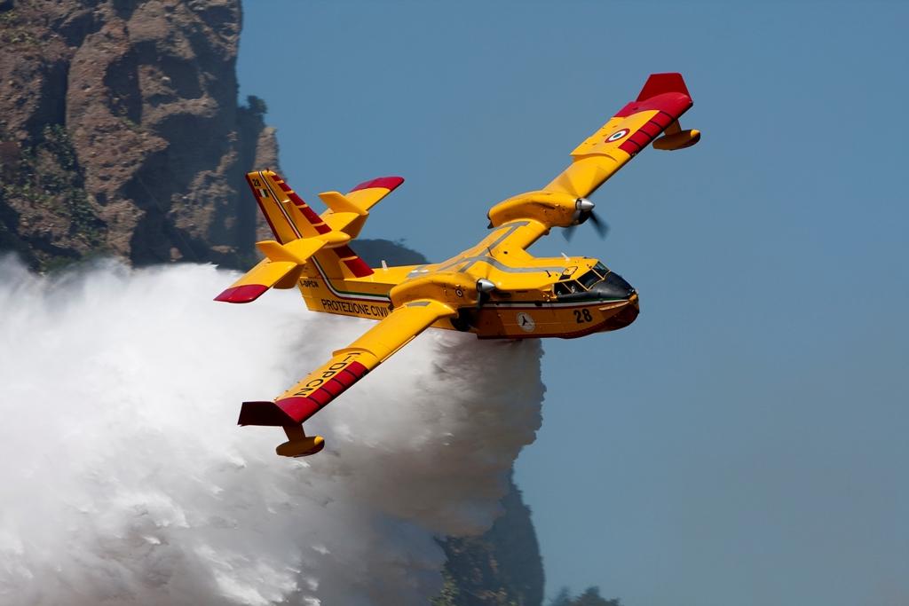 Canadair dei Vigili del Fuoco in Israele in supporto alla lotta agli incendi